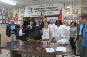 terroristas-cubanos-participan-en-Conferencia-de-Prensa-la-Casa-del-Preso-en-Miami